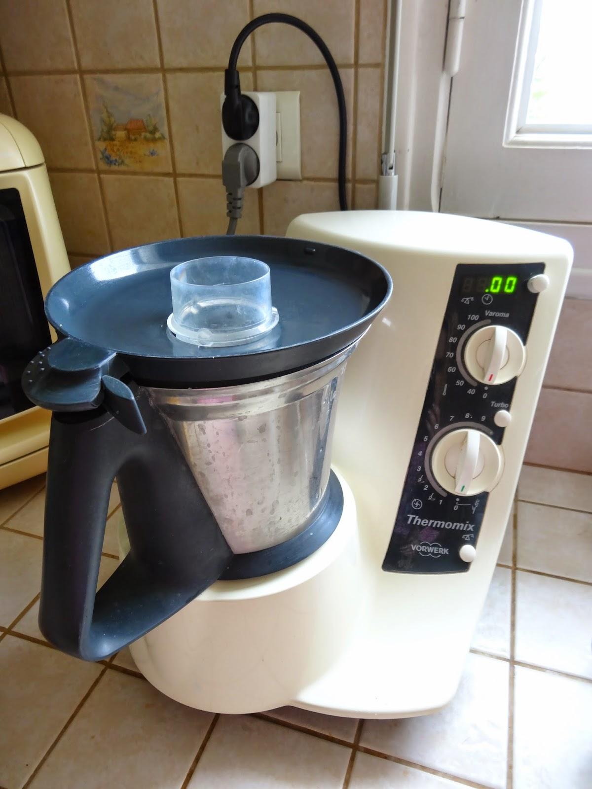 A d m nage en cuisine le thermomix de vorwerk - Robot pour faire la soupe ...