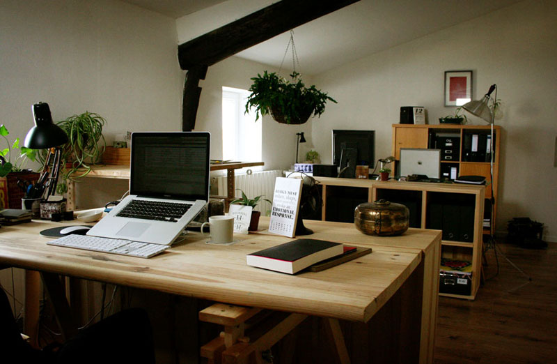 home office studio of one of my favorite graphic designers bloggers