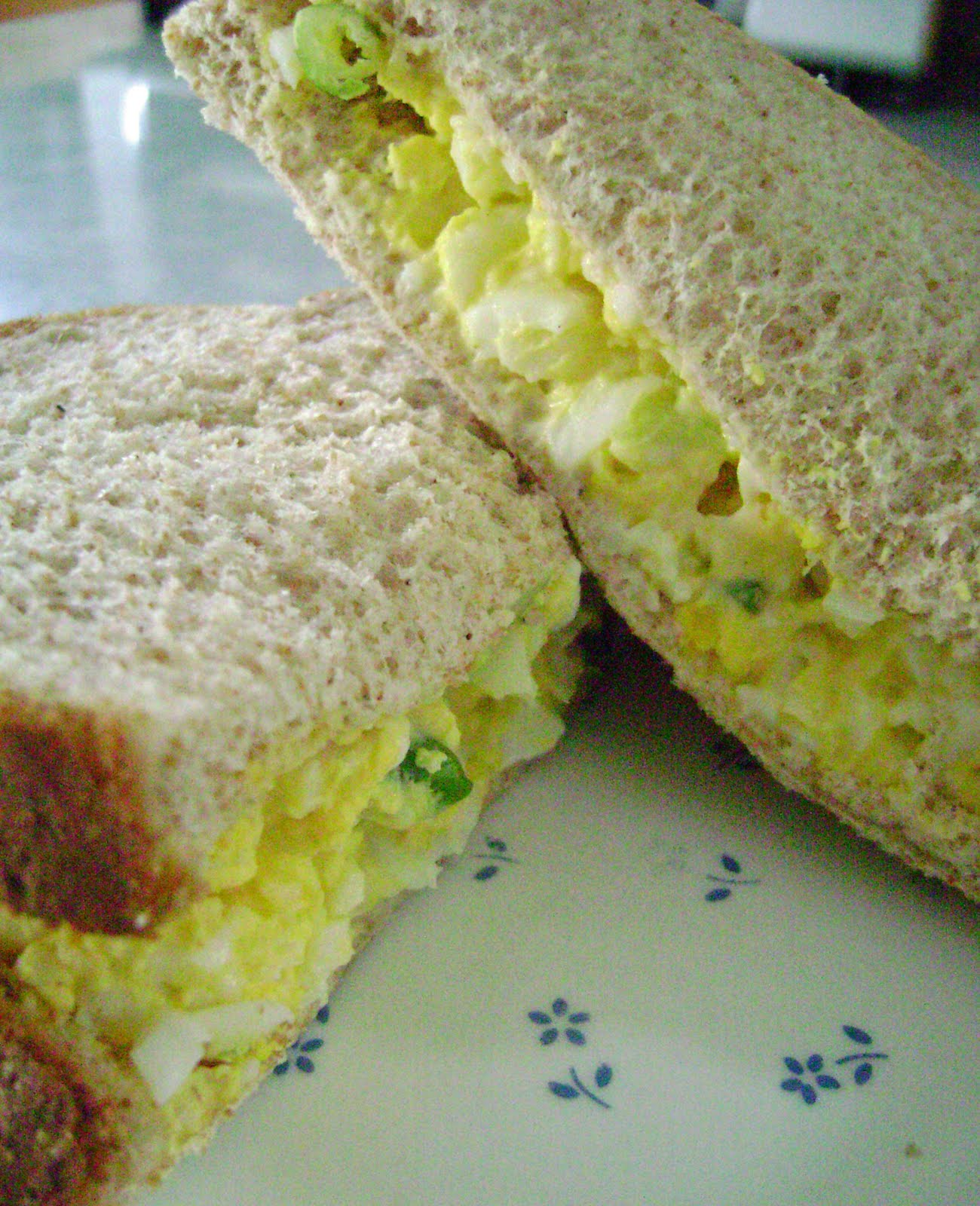 Jo and Sue: Egg Salad Sandwich