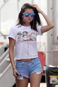 Paris Hilton. Selena Gomez. Postado por Erika Oliveira às 17:34