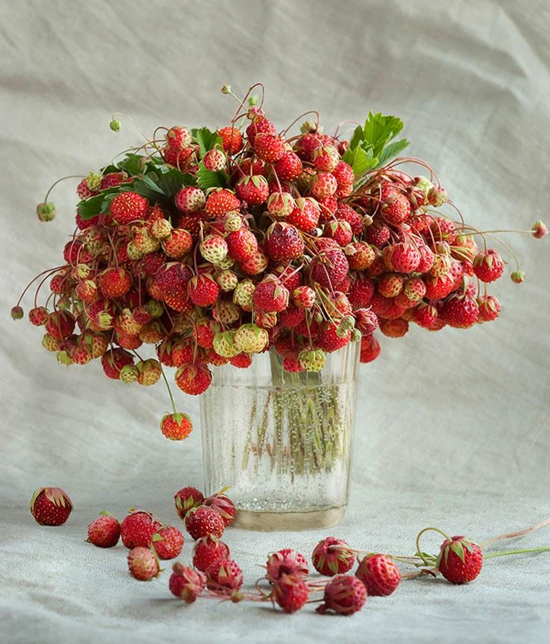 Ramo de rosas rojas con corazón dorado Sólo Imágenes  - Imagenes Ramos De Flores Hermosas