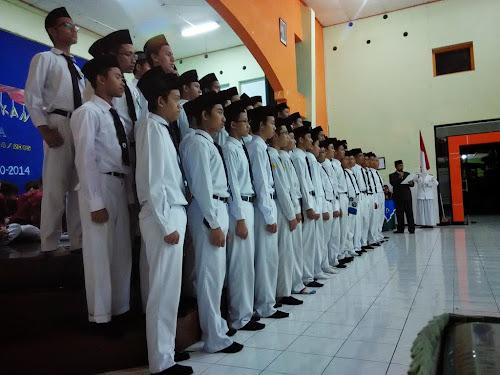Sertijab pengurus OSIMA Organisasi santri Ma'had al Qalam Man 3 Malang