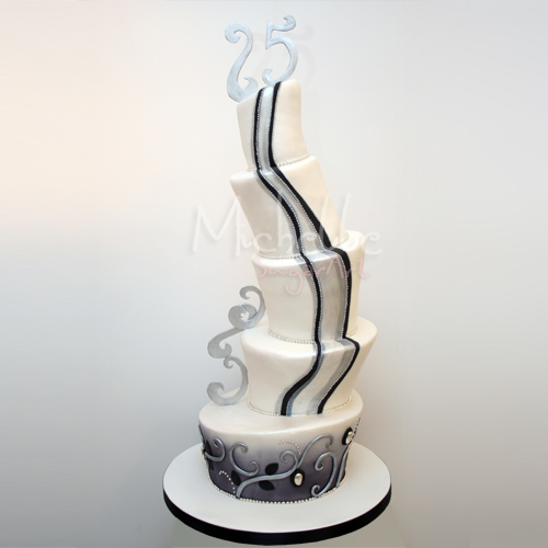 Cake Place: 5 Tier Black and White Topsy Turvy Wedding Cake