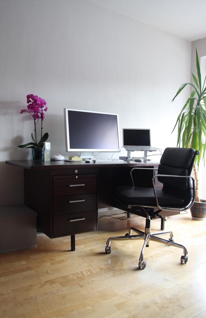 Escritorios marinilla s a escritorio for Escritorio diseno
