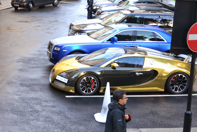 Bugatti Veyron parked outside The Dorchester in London