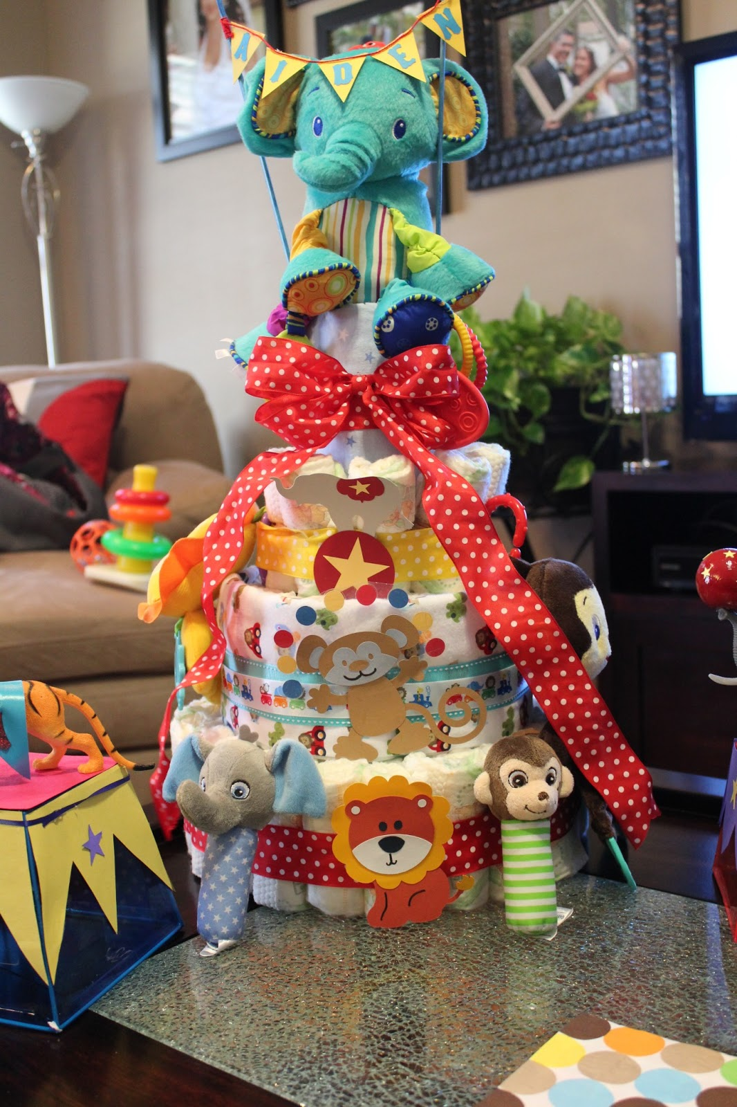 Circus Couples Baby Shower Crafting On A Budget The Ali