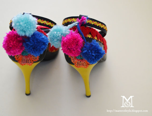 diy shoes, shoes diy, diy, my diy, fashion diy, parrot shoes diy, l .k. bennett caroline issa parrot shoes, pom pom shoes diy, pom pom diy, valentine's day gift idea, valentine's day diy, heart shoes,