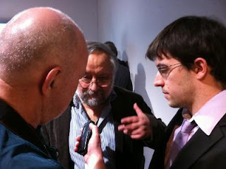Conciliabule entre grands-maîtres, Anatoly Vaisser félicite Maxime Vachier-Lagrave © Chess & Strategy