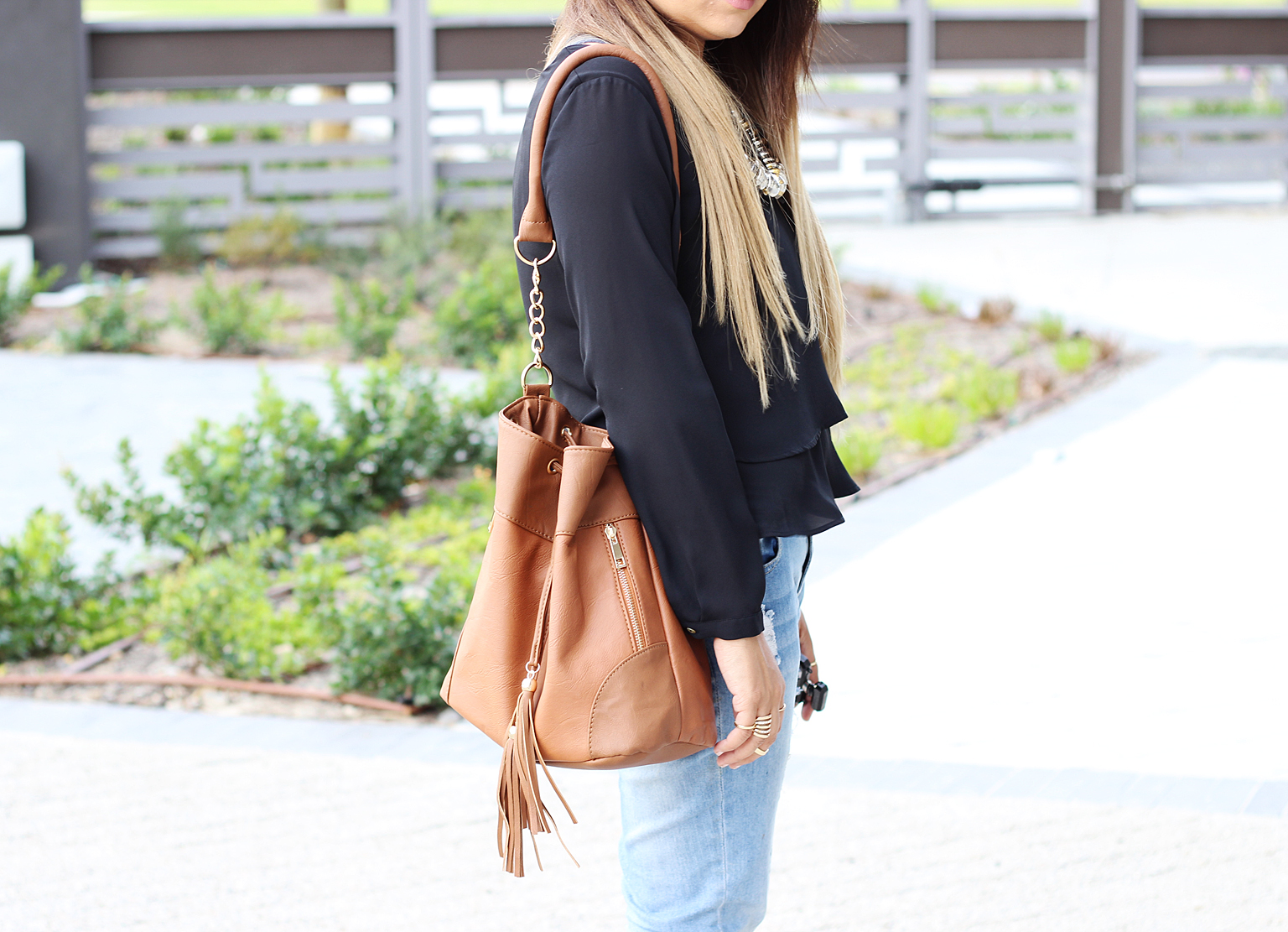zara blouse, cotton on skinny jeans, lace up heels, steve madden lace up heels, bucket bag, ombre hair, fashion blogger cape town