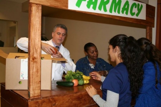 This Doctor Prescribes Fruits And Vegetables Instead Of Drugs!