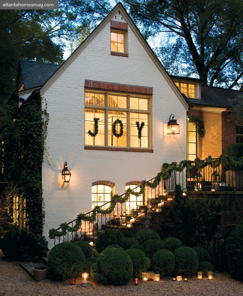parkdale ave a whimsical christmas cottage. Black Bedroom Furniture Sets. Home Design Ideas