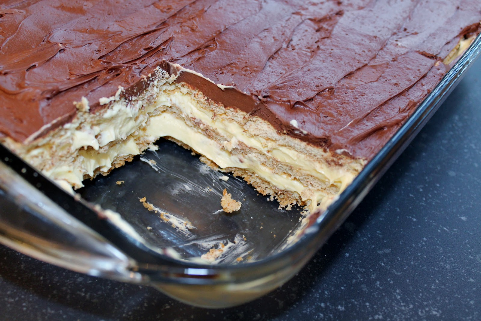 how to make chocolate eclair cake