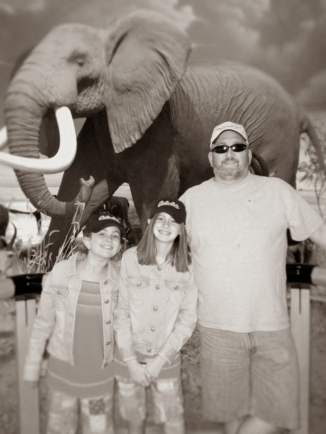 Brian, Karalee & Katelyn at Cabelas