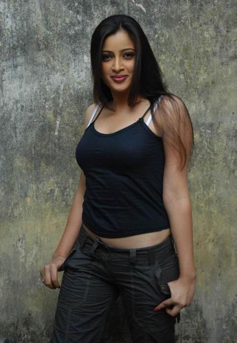 navneet kaur in black sleeve less dress glamour  images