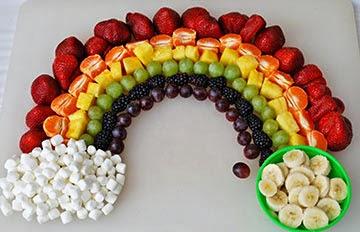 Decorações criativas com frutas - arco íris