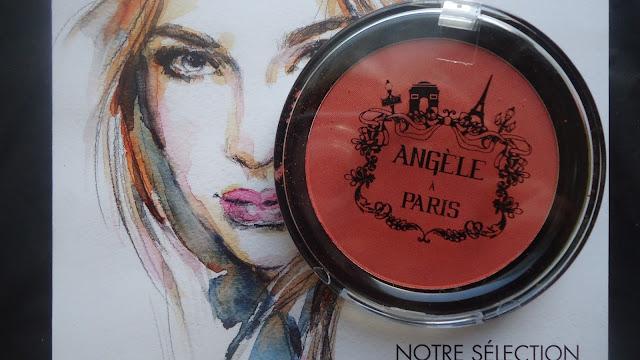 blush angèle à paris