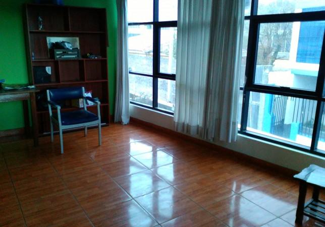 OCASIÓN: Alquila  Departamento en Huancayo S/.1,500 :Sala Dorm 4, Baños:2, Área Total: 109m 2 Años:
