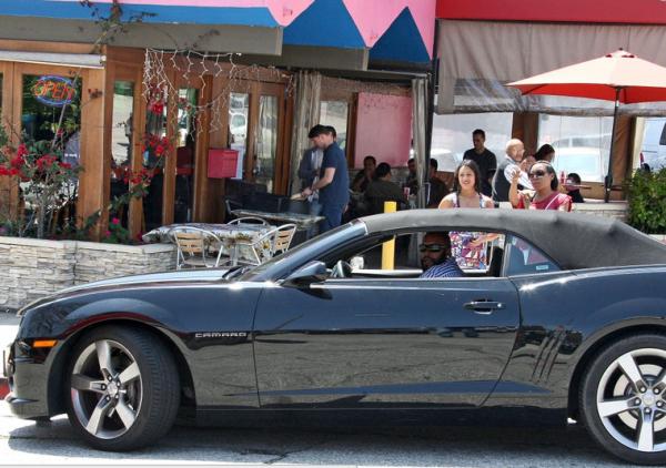 Suge Knight, celebrity cars, Los Angeles, Chevy Camaro, restaurant, Sport Car