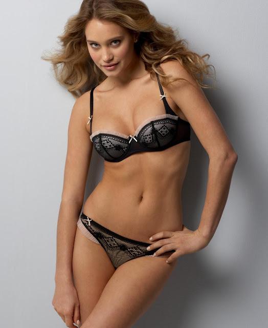 Hannah Davis Hot