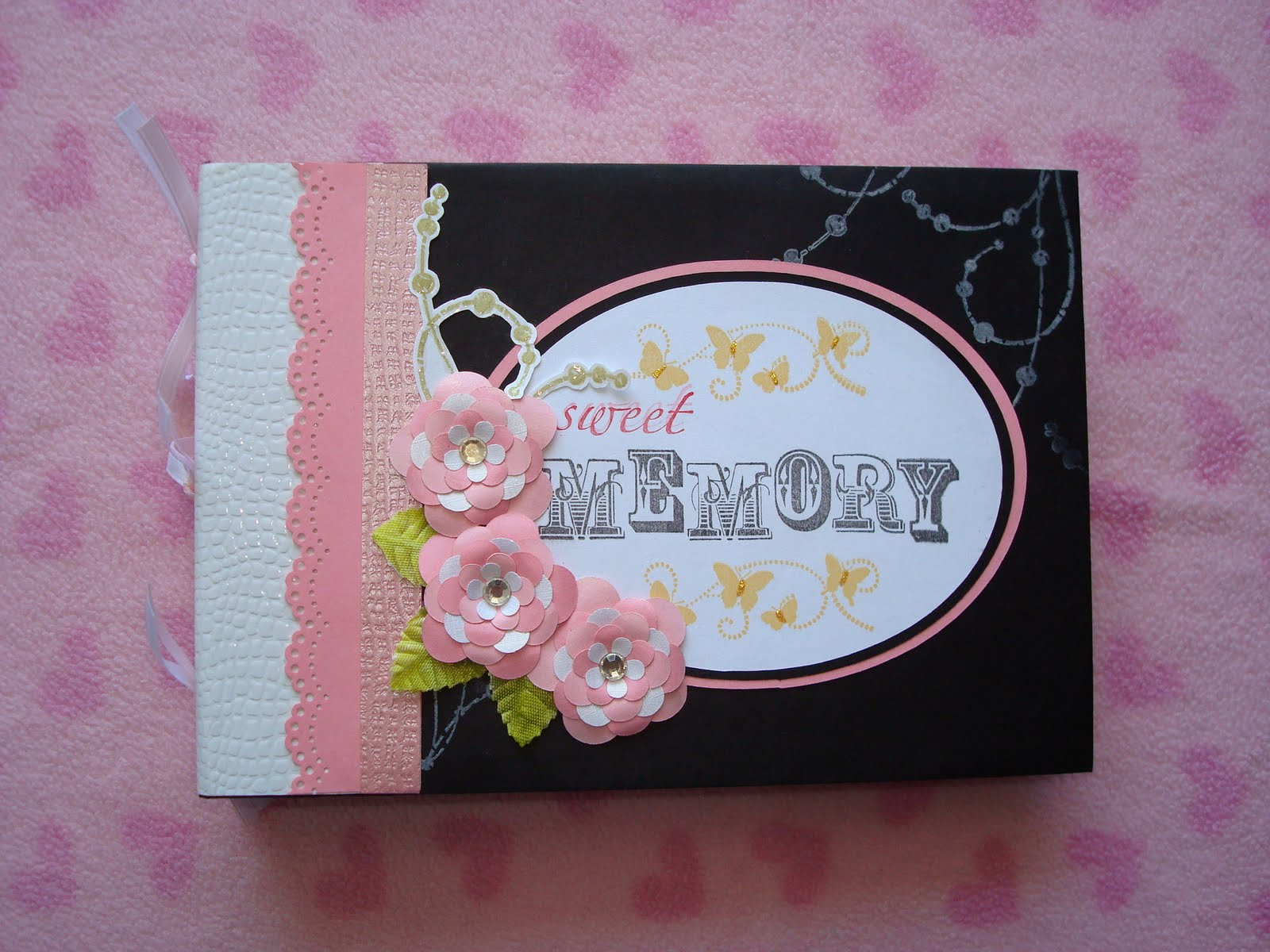Creative trendz design hello kitty mini album another mini album that i made using my cricut cartridge for this mini album i used the hello kitty greetings cartridge m4hsunfo