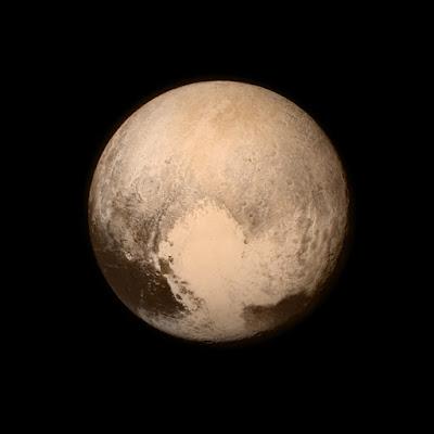 Плутон 13 июля 2015 года с расстояния 768 тысяч километров