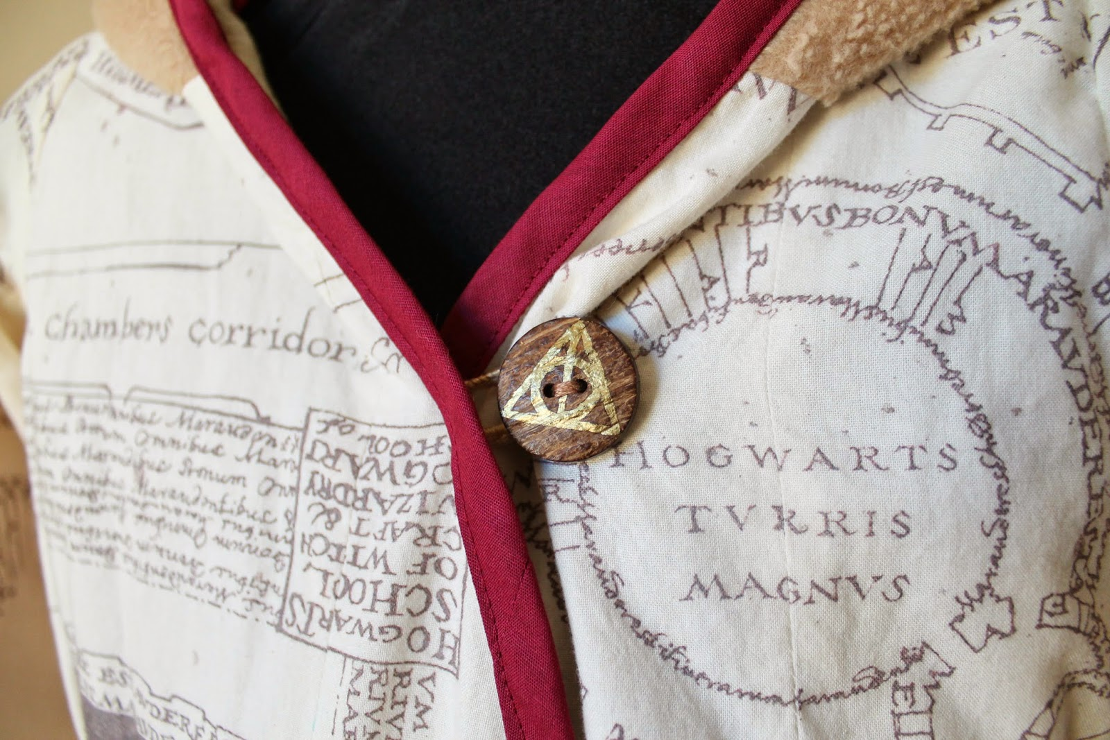 Harry Potter-Inspired Marauders Map Beach Robe for CraftingCon | The Inspired Wren