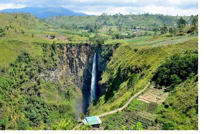 Beautiful Touris Places in North Sumatra You Must Visit Sipiso piso