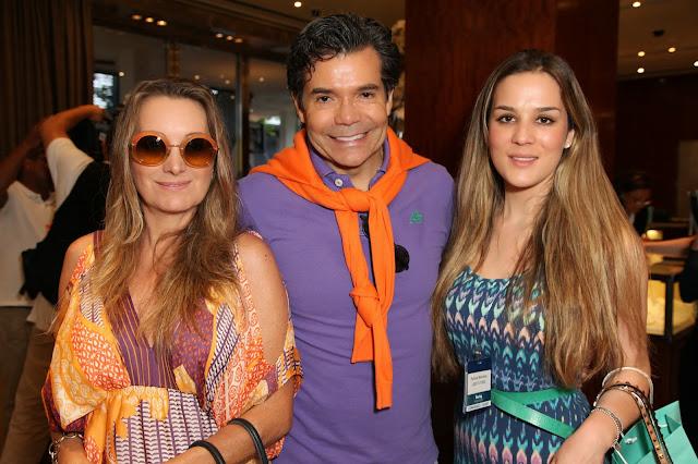 Melissa Wilman, M. Moraes and Patricia Meirelles