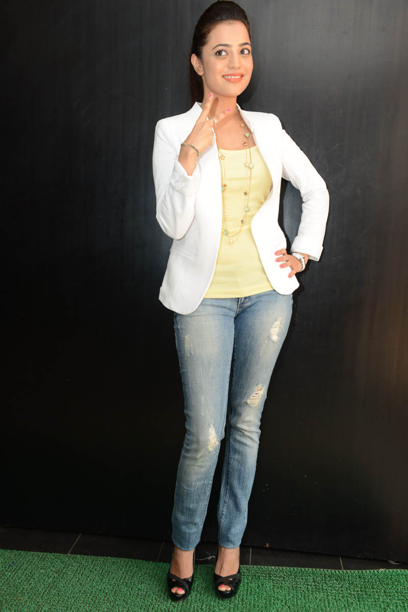 Nisha Agarwal Latest Pics