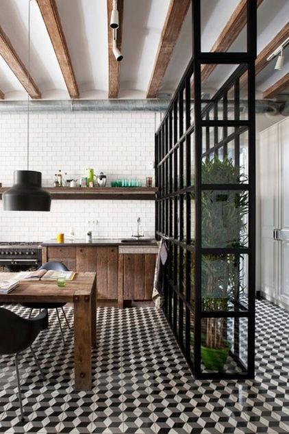 Construir un invernadero con puertas de cristal y hierro