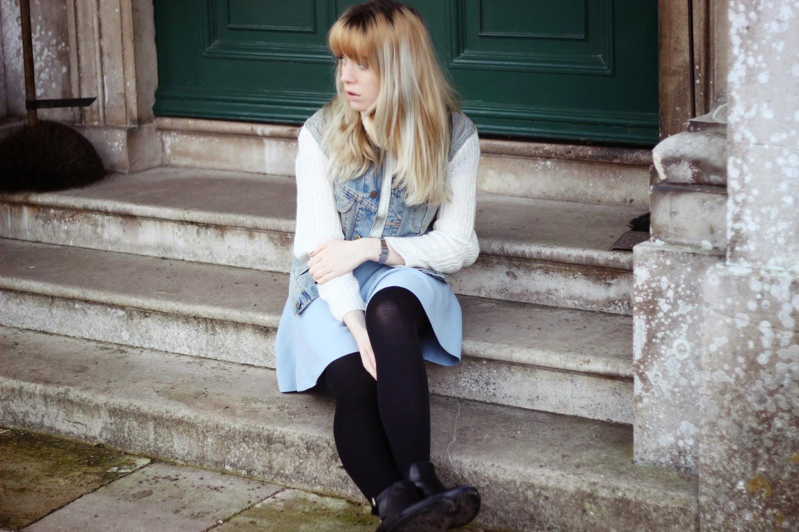 style blogger denim vest outfit, pastel hair