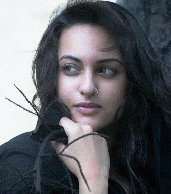 hot guys wallpaper. hot guy wallpaper. Sonakshi Sinha Hot Wallpapers
