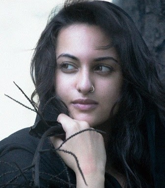 Hot Wallpapers Of Sonakshi Sinha. Sonakshi Sinha Hot Wallpapers,
