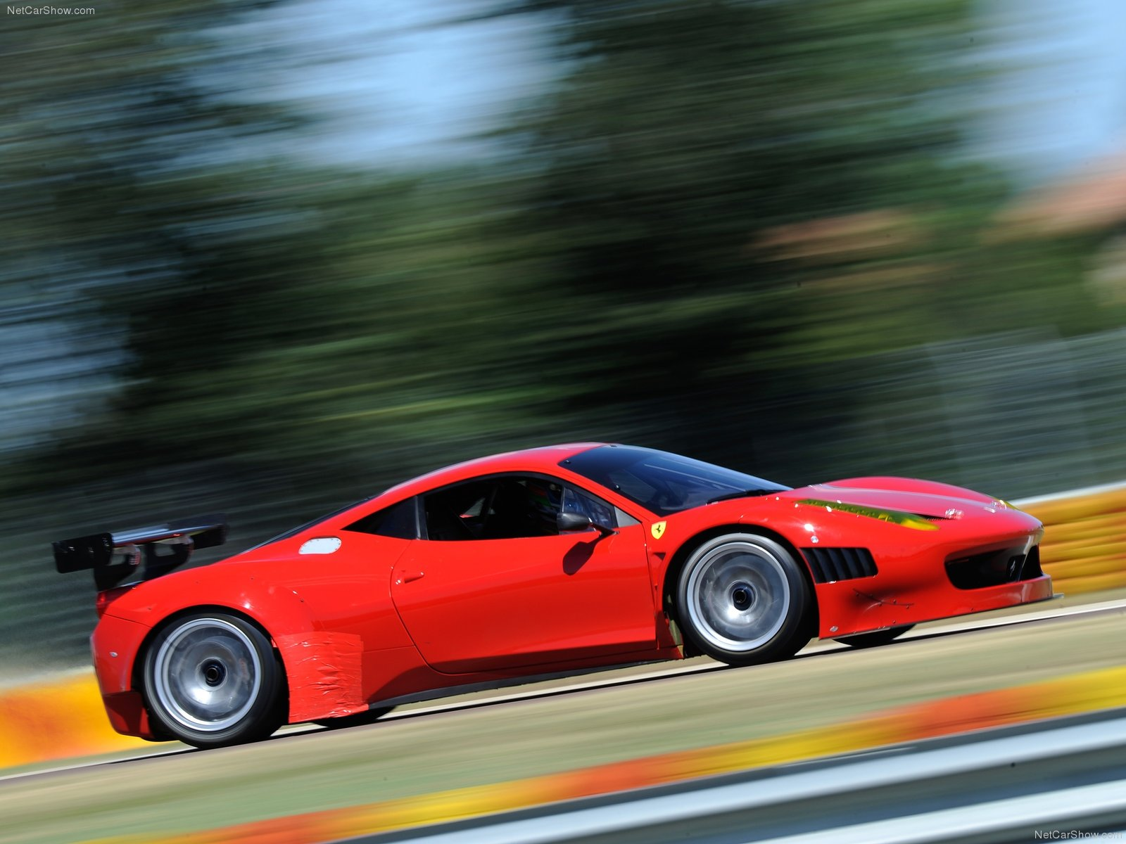 Hình ảnh siêu xe Ferrari 458 Italia Grand Am 2012 & nội ngoại thất