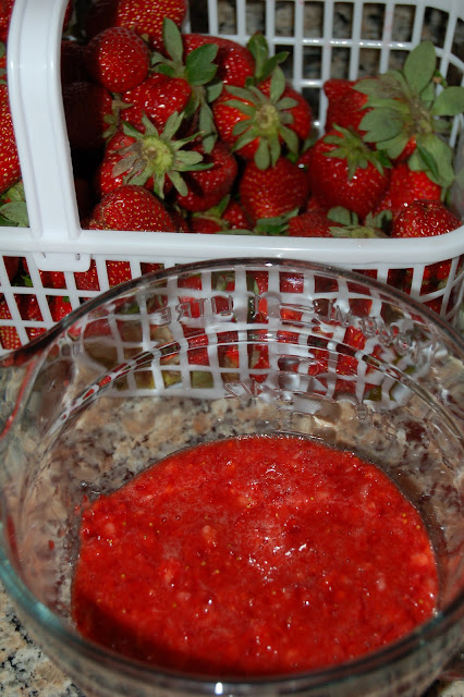 Grandma's Strawberry Pie | www.kettlercuisine.com