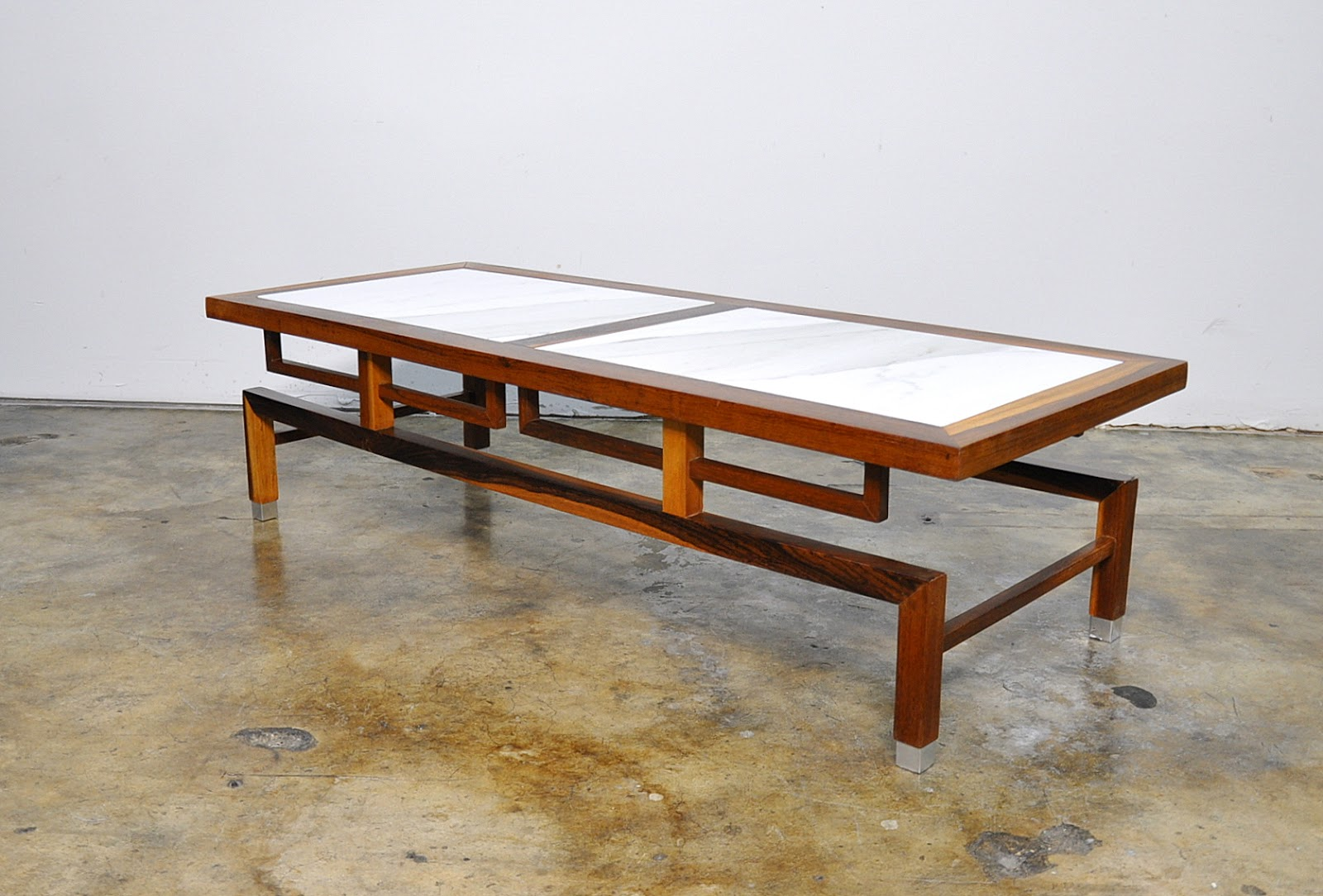Select Modern Dunbar Style Coffee Or Cocktail Table