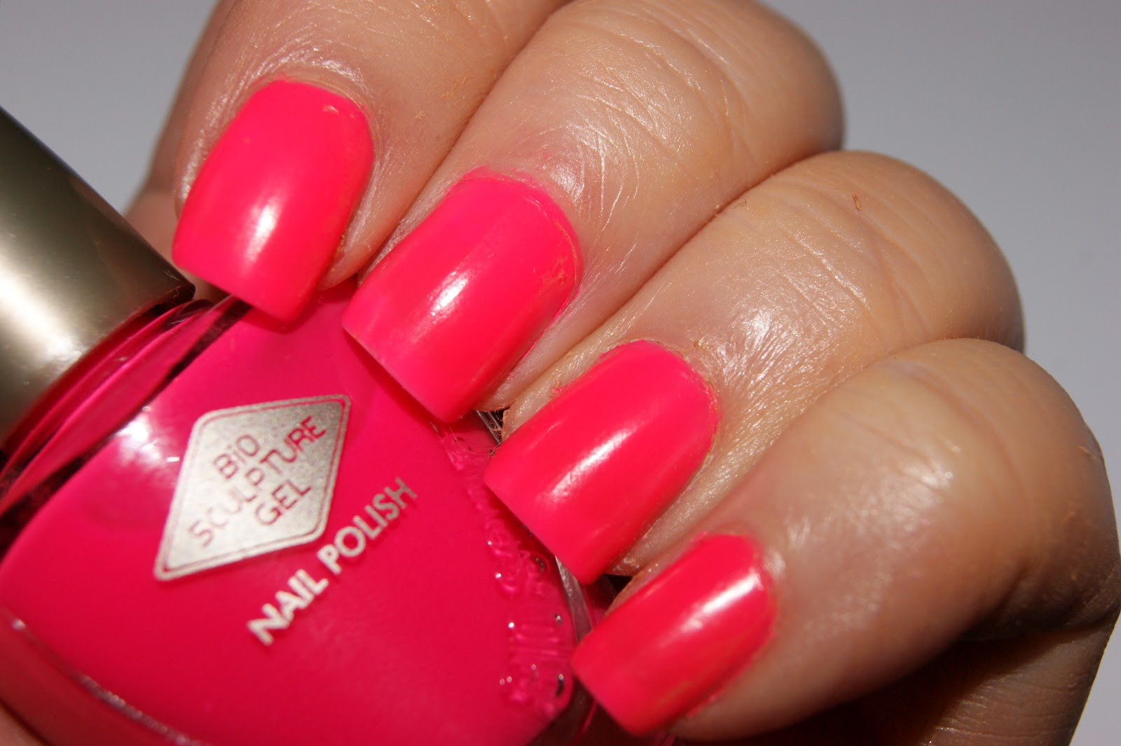 bio sculpture nail polish in 105 jinkie pink review. Black Bedroom Furniture Sets. Home Design Ideas