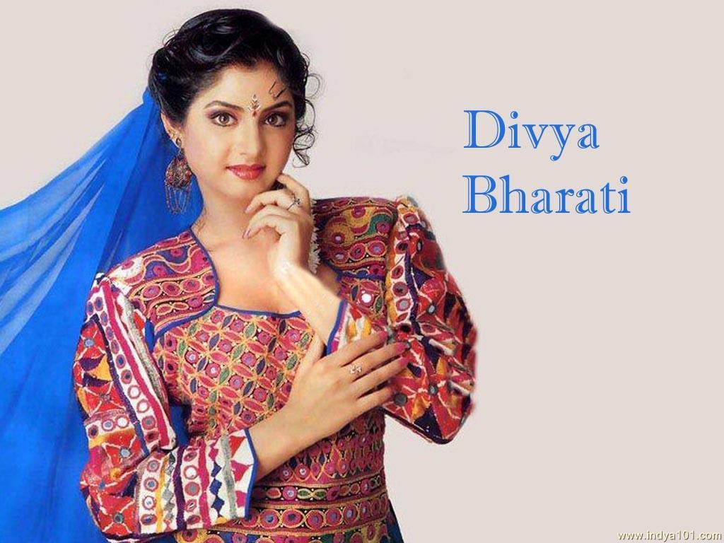 Divya Bharti Photos