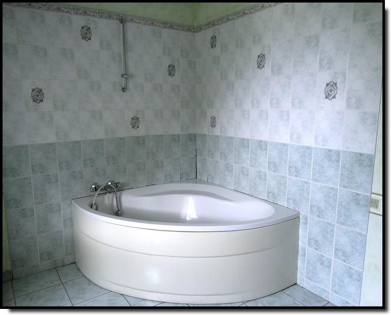 faience salle de bain chez point p 20170723014525. Black Bedroom Furniture Sets. Home Design Ideas