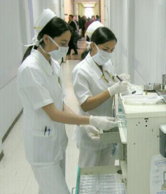 Las enfermeras del turno de noche - 1 part 8