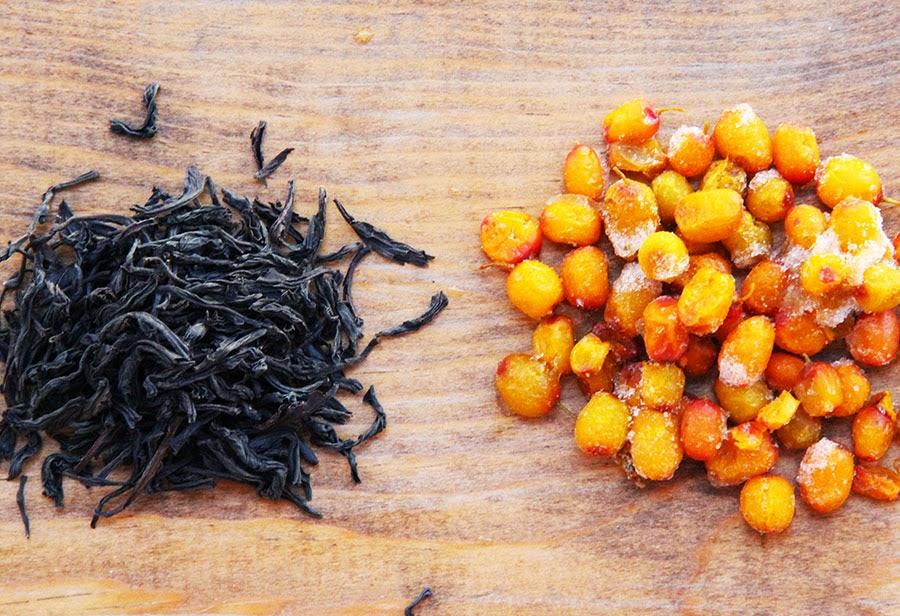 Black tea with sea buckthorn