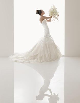 Wedding Dress Small Bust