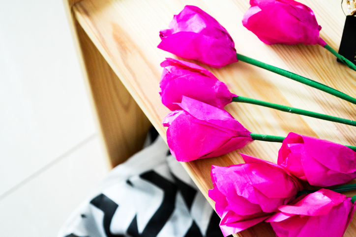 DIY Paper Tulips- These add such a vibrant pop of color to any room and are great as gifts, not to forget, you'll never need to water them!