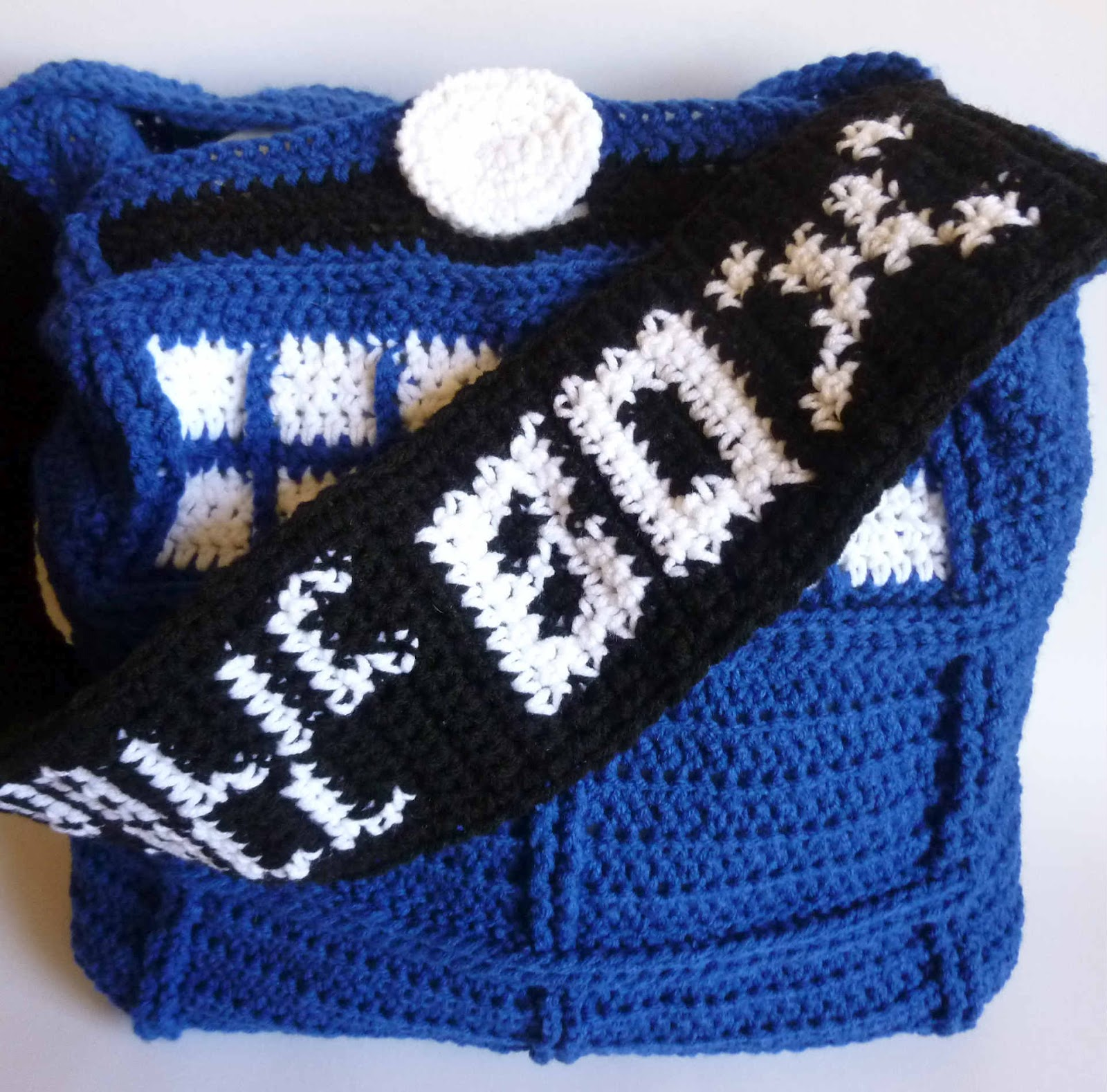 Tardis Bag Knitting Pattern : Crochet Dynamite: The Tardis Bag - A love story in 3 parts
