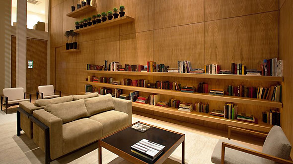 All photos gallery small hotel lobby posh hotel lobbies for Small design hotels