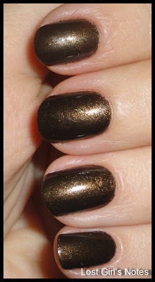 chanel paris-moscow collection or de russie swatch