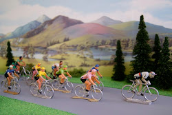 VINTAGE CYCLING FIGURES