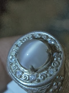 moonstone cateye