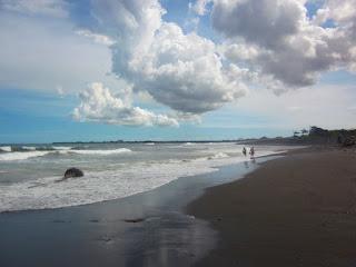 Tempat wisata pantai Gumicik