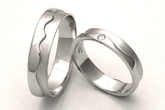 Platinum Wedding Bands Men 52 Superb Platinum Jewellery now at